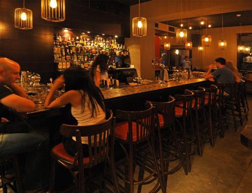 Des bars rouvrent autour de Tel Aviv malgré la réglementation sur les coronavirus